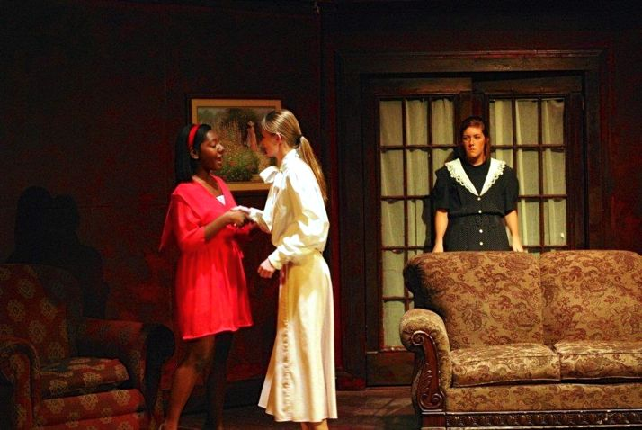 SM North students will kick off Halloween week with a theatre thriller.