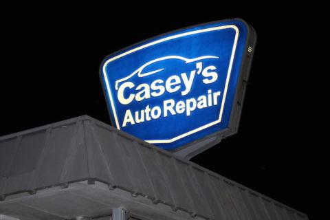 Casey's Auto Repair sign