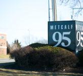 95 Metcalf South sign