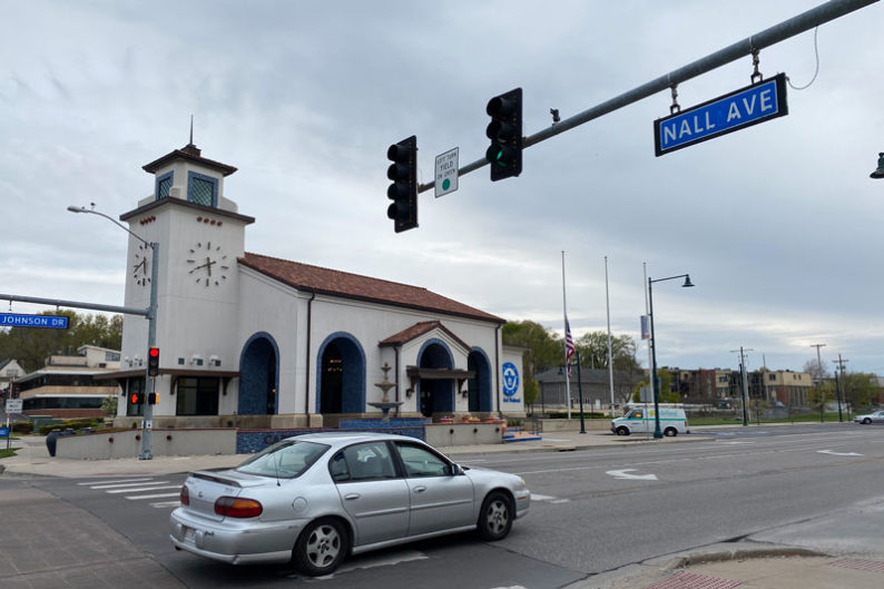Johnson Drive and Nall Avenue intersection