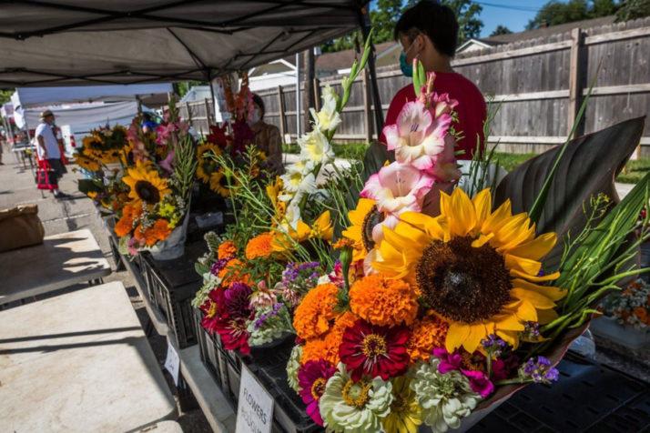 Johnson County farmers' markets