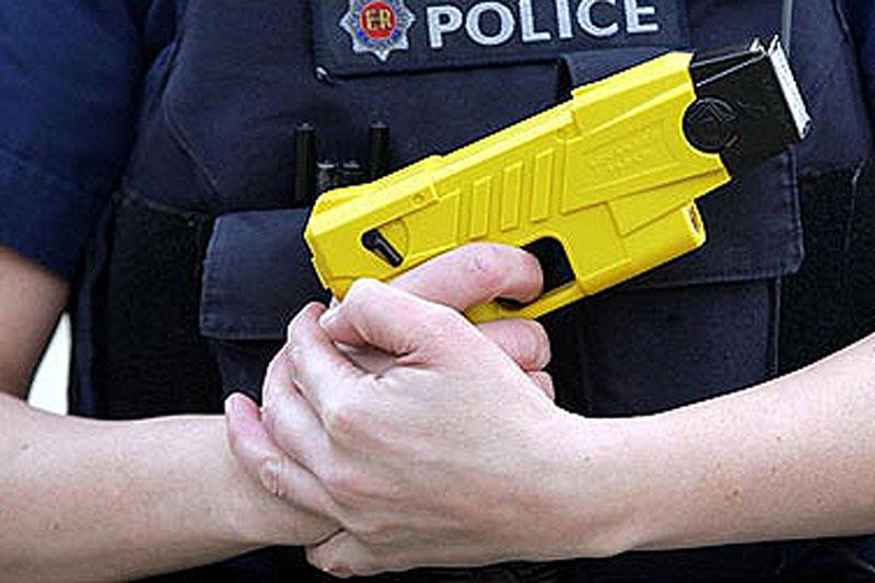 police taser policy