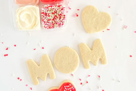 Dolce Bakery Mother's Day cookie kit