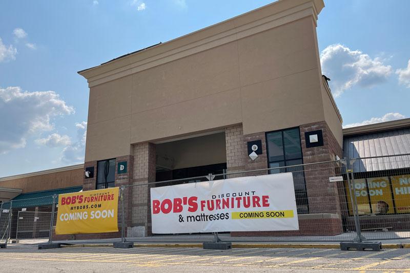 Bob's Discount Furniture in Merriam