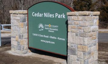 Cedar Niles Park sign